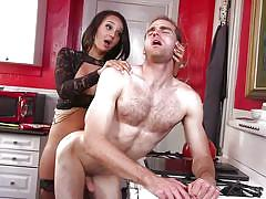 Transexual takes his anal virginity by the kitchen stove