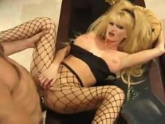 Taylor wane anal