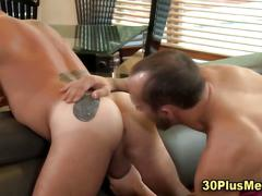Muscly rimmed guy spunked