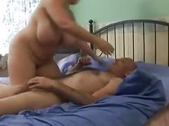 Booty woman and man fucking in their berroom