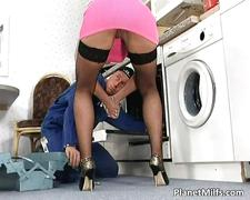 Divorced housewife just cant resist him