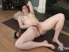 Amateur savannah toys her pussy