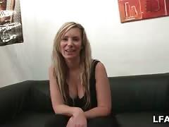 Casting porno pour cette blonde