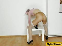 Kinky brunette emma diamond stockings fetish solo