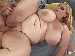 Horny plumper gets her pussy nailed