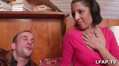 Position 69 avant de baiser la beurette