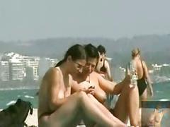 2 friends get naughty on the beach