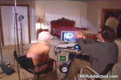 Horny blond milf gets her shaved pussy