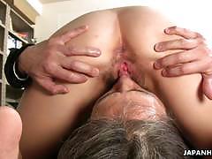 Office lady tsubaki enjoying 69 with her partner