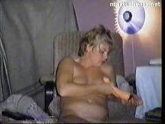 Lily 40 years liverpool cumming with big dildo