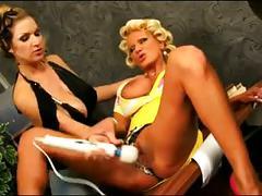 Big boob lesbians spitting and vibing!!!!!!!