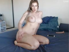 Big booty white girl mmm