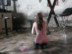 Soumise sandy seance bdsm au donjon submissive slut