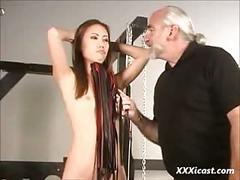 Master len dominates a thai