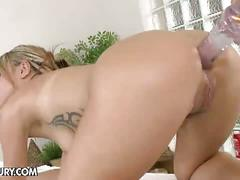 Lesbian massage with mira shine and leyla black