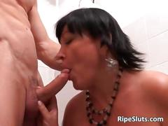 Chubby busty mature brunette gets that