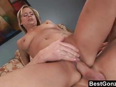 Payton leigh loves deep anal