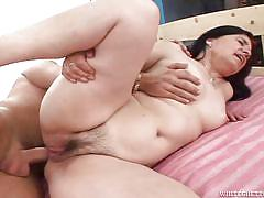 Rozarka fucked in the ass @ grandma, mom and me anal ecstasy