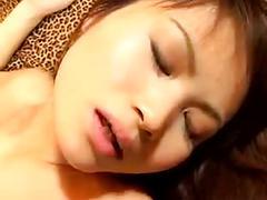 Japanese milf gets fucked -unsencored-