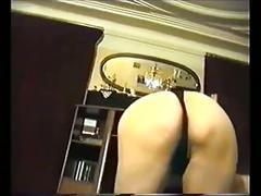 Karim gulsen kucuk bir striptiz