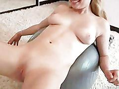 Blonde cutie named taylor gets an orgasm