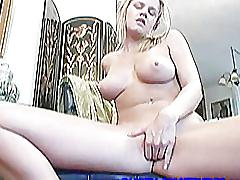 Hot babe lisa fingering her tight pussy