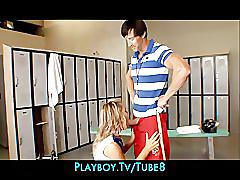 Fit  flexible blonde cheerleader seduces her school coach