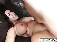 Sexy milf banged outside