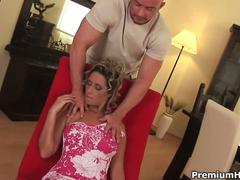 Horny wifey daria nailed and jizzed