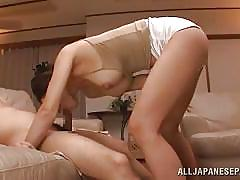 Japanese house wife uses vibrator and sucks dick