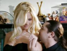 Bobbi eden - sexy blonde anal fuck