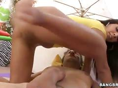 Big ass babe anal drilling