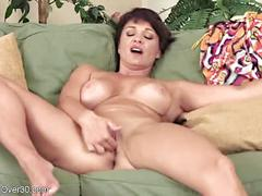 Charming mom milf hot ass