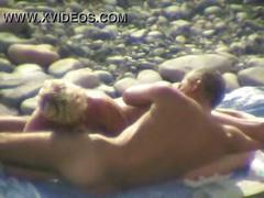Beach voyeur amateur oral sex