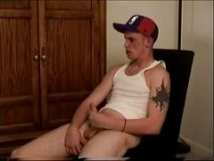 Hunky solo jerk with marshall's big cock