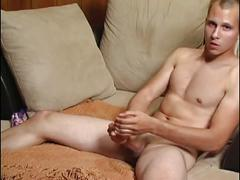 Great cock jerking in solo video.