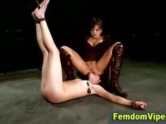 Face sitting mistress slut