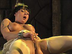 Mahina zaltana squirts while toying outdoors
