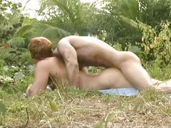 Hunks in an outdoor cock craze