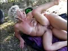 Granny fuck tnh