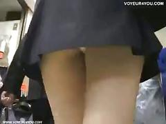 Voyeur found pursuit! upskirt!