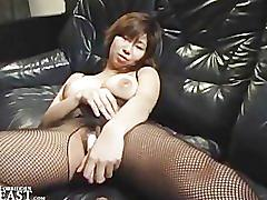 Uncensorded japanese solo girl dildo masturbation