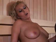 Flotter dreier in der sauna