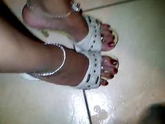 More latin heels and feet