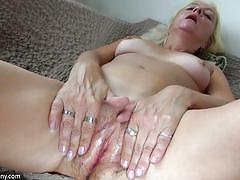 Granny loves to fuck herself alone