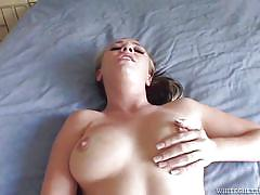 Girls have fun while having sex @ 120 squirting pussies