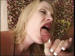 Cock-starved blonde deepthroats her guy