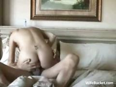 Older amateur couple enjoys sex on the couch
