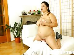 Bbw lenny face sitting & queening some lucky dude