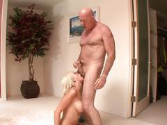 Kaylee hilton bangs her stepdad